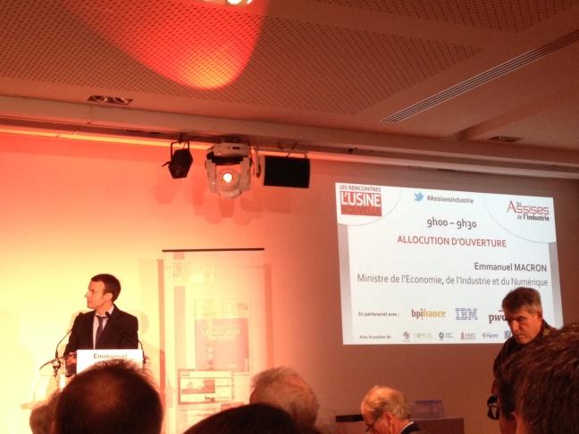 Emmanuel Macron aux Assises de l'industrie à Paris